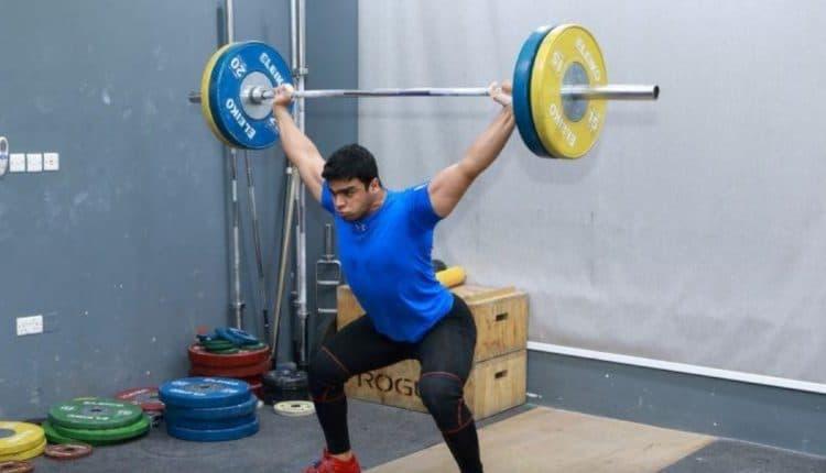 محمد حمادة أول رافع أثقال فلسطيني في الألعاب الأولمبية