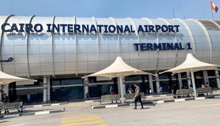اللجنة العليا في سلطنة عمان ترفع حظر السفر عن الوافدين من مصر
