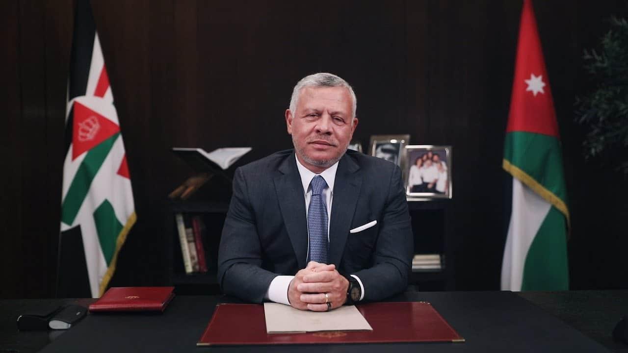 """""""الكل له حدود إلا الملك"""".. تصريحات جديدة لملك الأردن عبدالله الثاني عن أزمة شقيقه الأمير حمزة"""