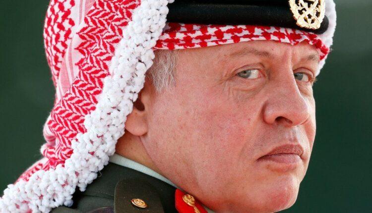 تحليل رويترز يرى أن ملك الأردن اعاد تعزيز قبضته على الحكم بعد أزمة الفتنة لكن الضغوط الاقتصادية باقية