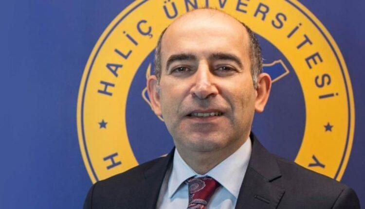 أردوغان يقيل رئيس جامعة البوسفور مليح بولو