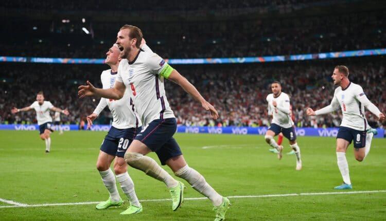مباراة منتخب إنجلترا والدنمارك في اليورو