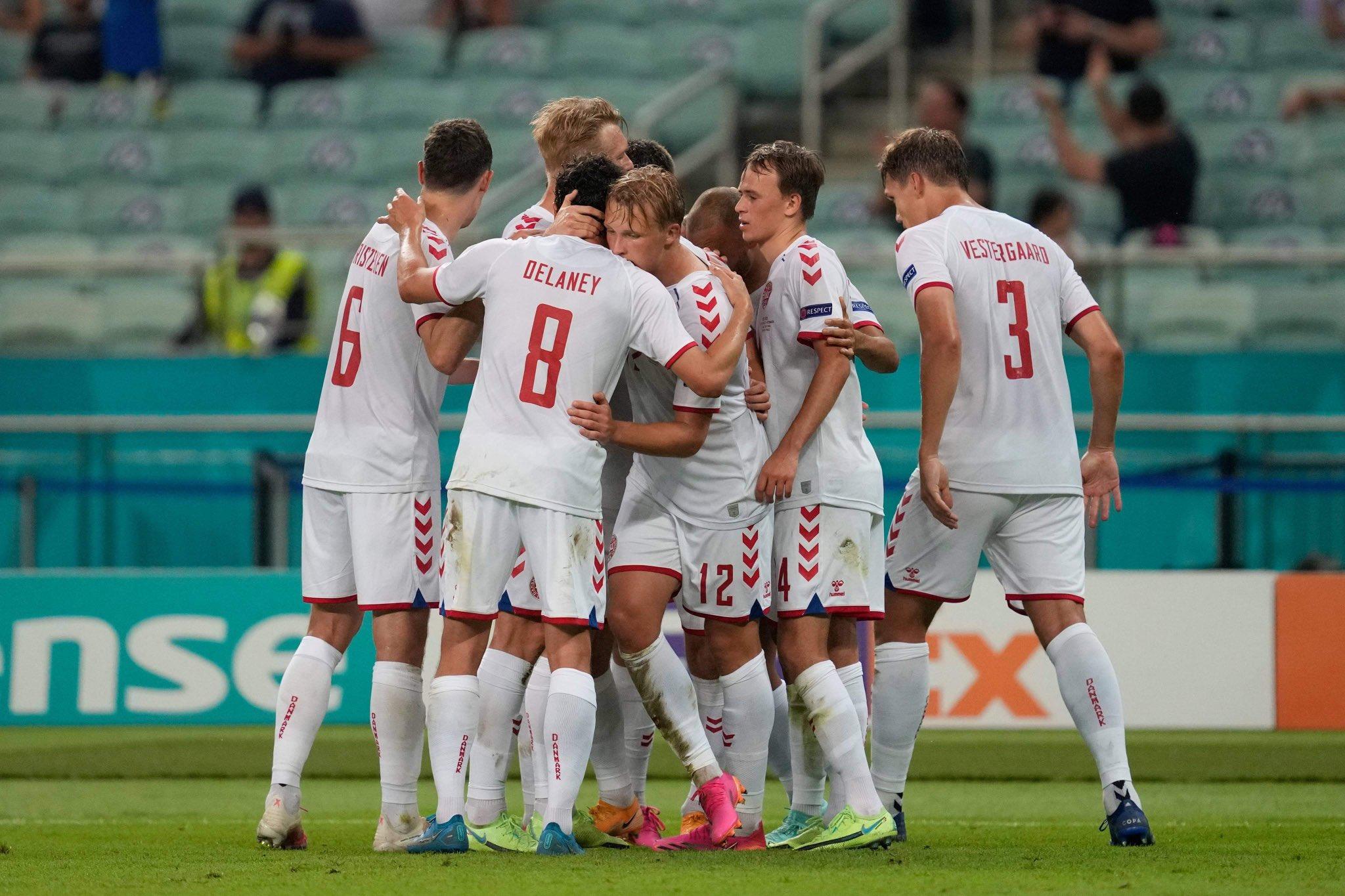 الدنمارك تتأهل إلى نصف نهائي اليورو في مباراة مثيرة أمام التشيك (فيديو)