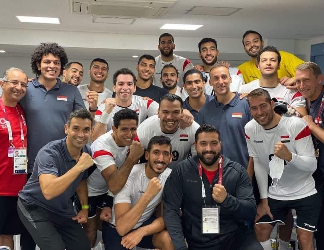 احتفال منتخب مصر بعد فوزه على البرتغال