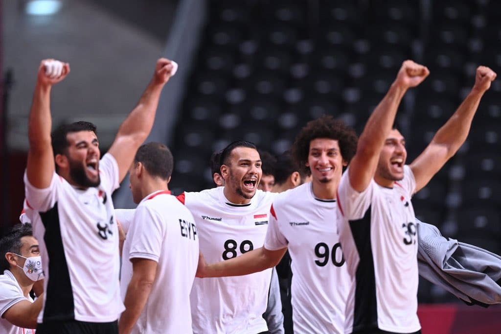 احتفال منتخب مصر بعد الفوز على منتخب السويد في أولمبياد طوكيو