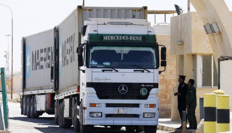 أزمة الشاحنات بين السعودية والإمارات