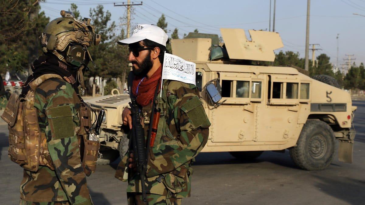 أفغانستان أصبحت بدون أمريكان بعد 20 عاماً من الغزو.. كريس دوناهو آخر جندي غادر مطار كابل