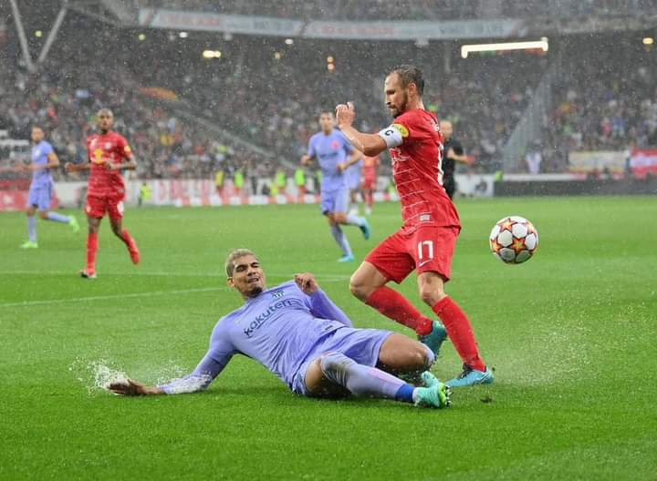 مباراة برشلونة وسالزبورغ الودية