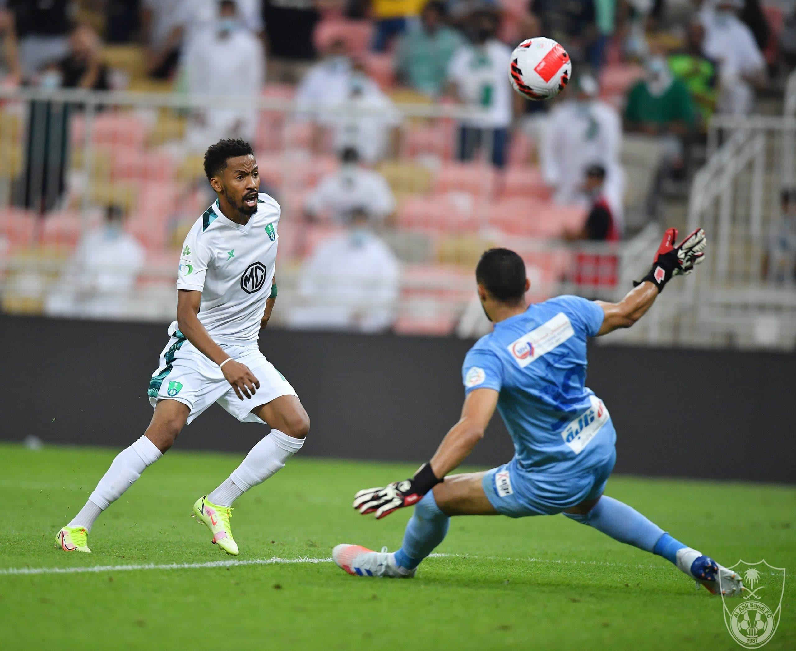 مباراة الأهلي السعودي وضمك وترتيب الدوري السعودي