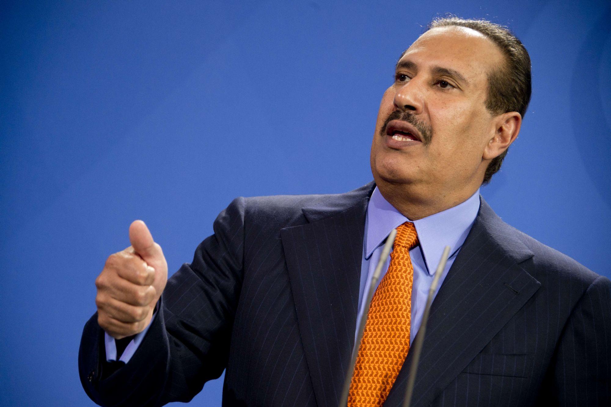 حمد بن جاسم يعلق على حوادث قرصنة وتفجير السفن التجارية