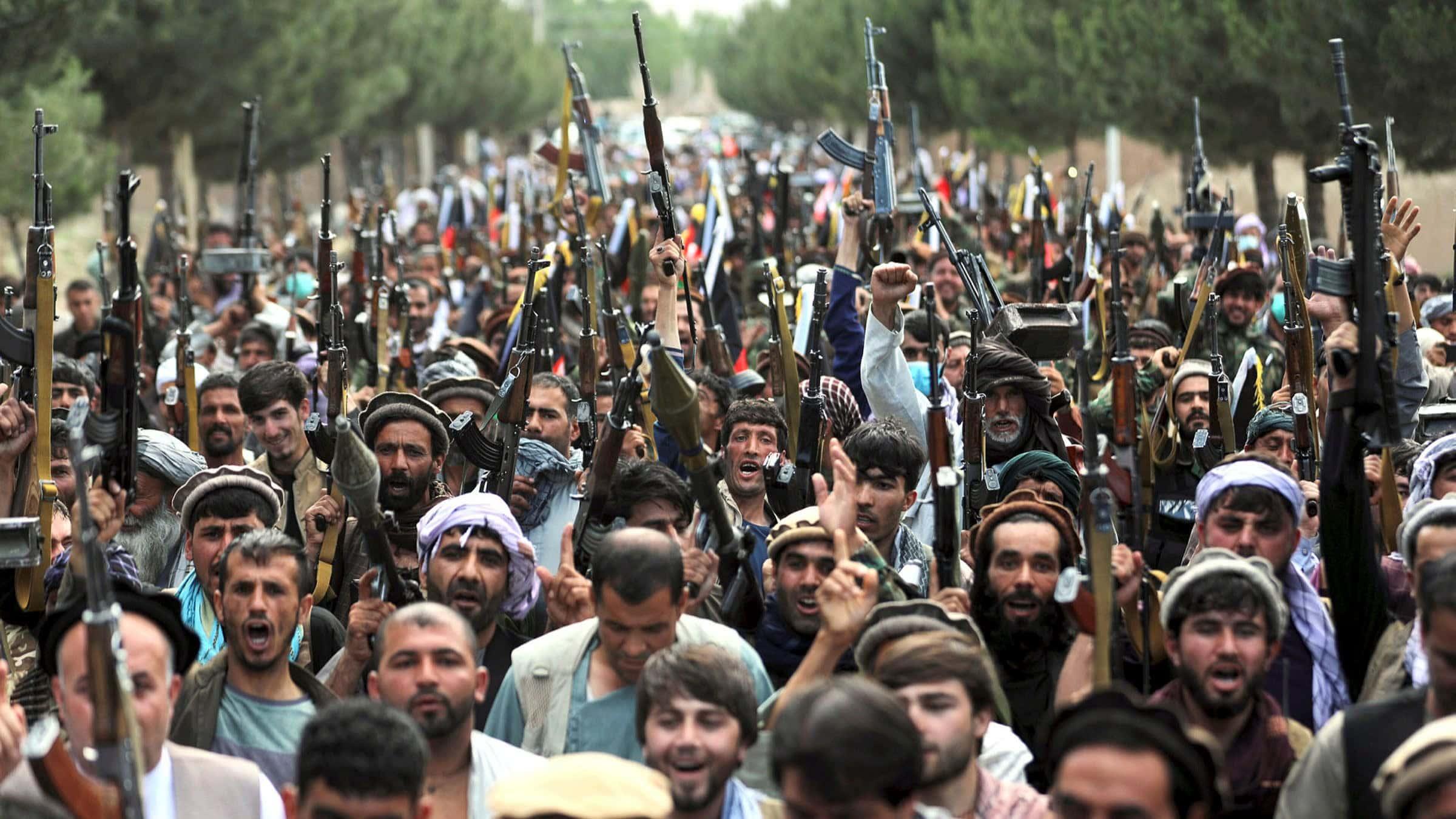 كيف هزم 80 ألف مقاتل من طالبان حوالي 400 ألف جندي أفغاني في أسابيع رغم الإنفاق الضخم!