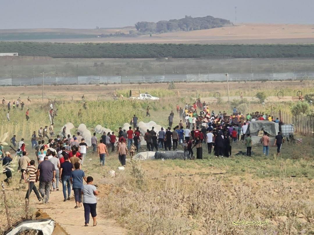 فلسطينيون غاضبون يتظاهرون شرق غزة