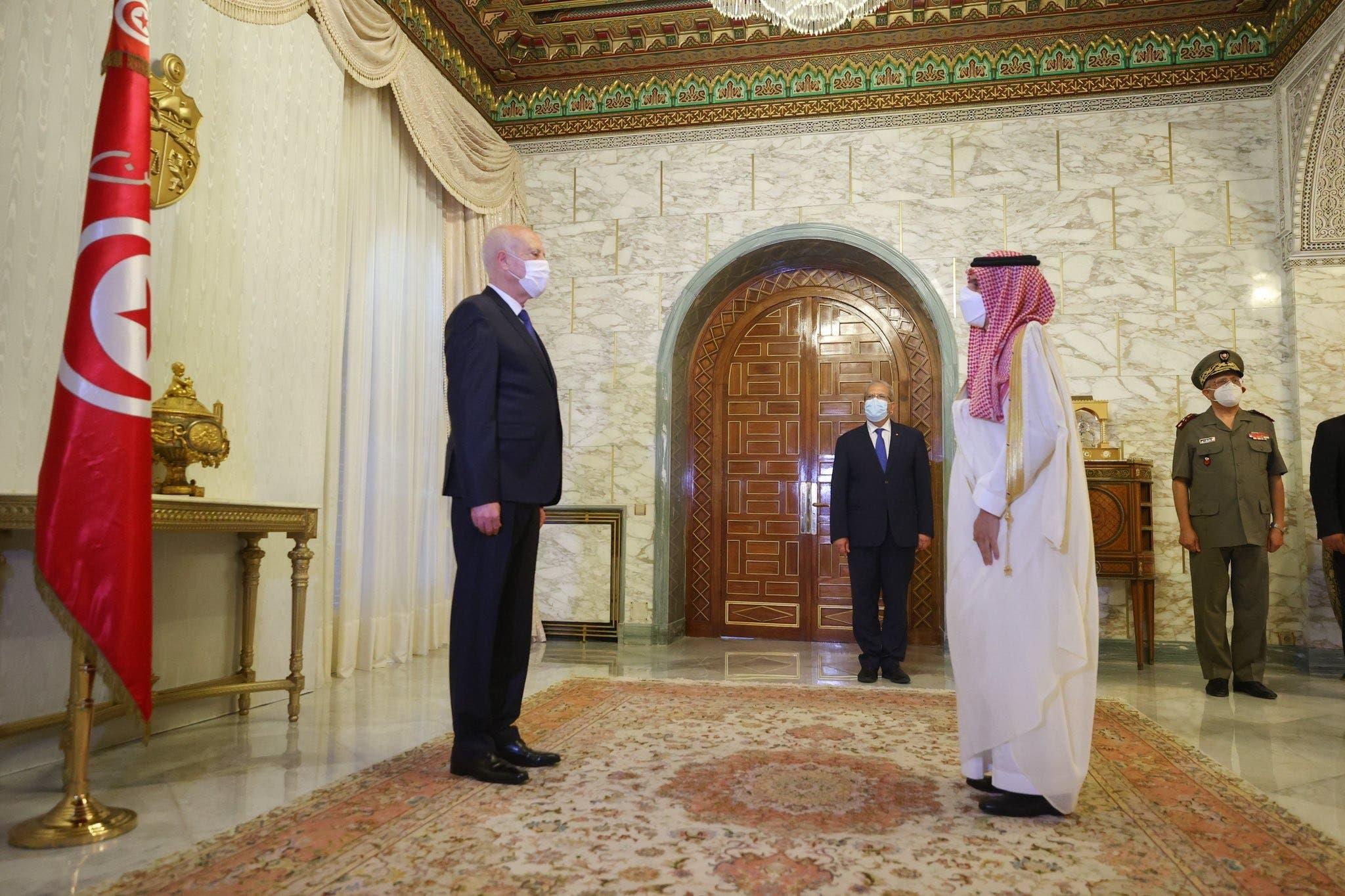 مجتهد يكشف ما وعدت به السعودية الرئيس التونسي قيس سعيد