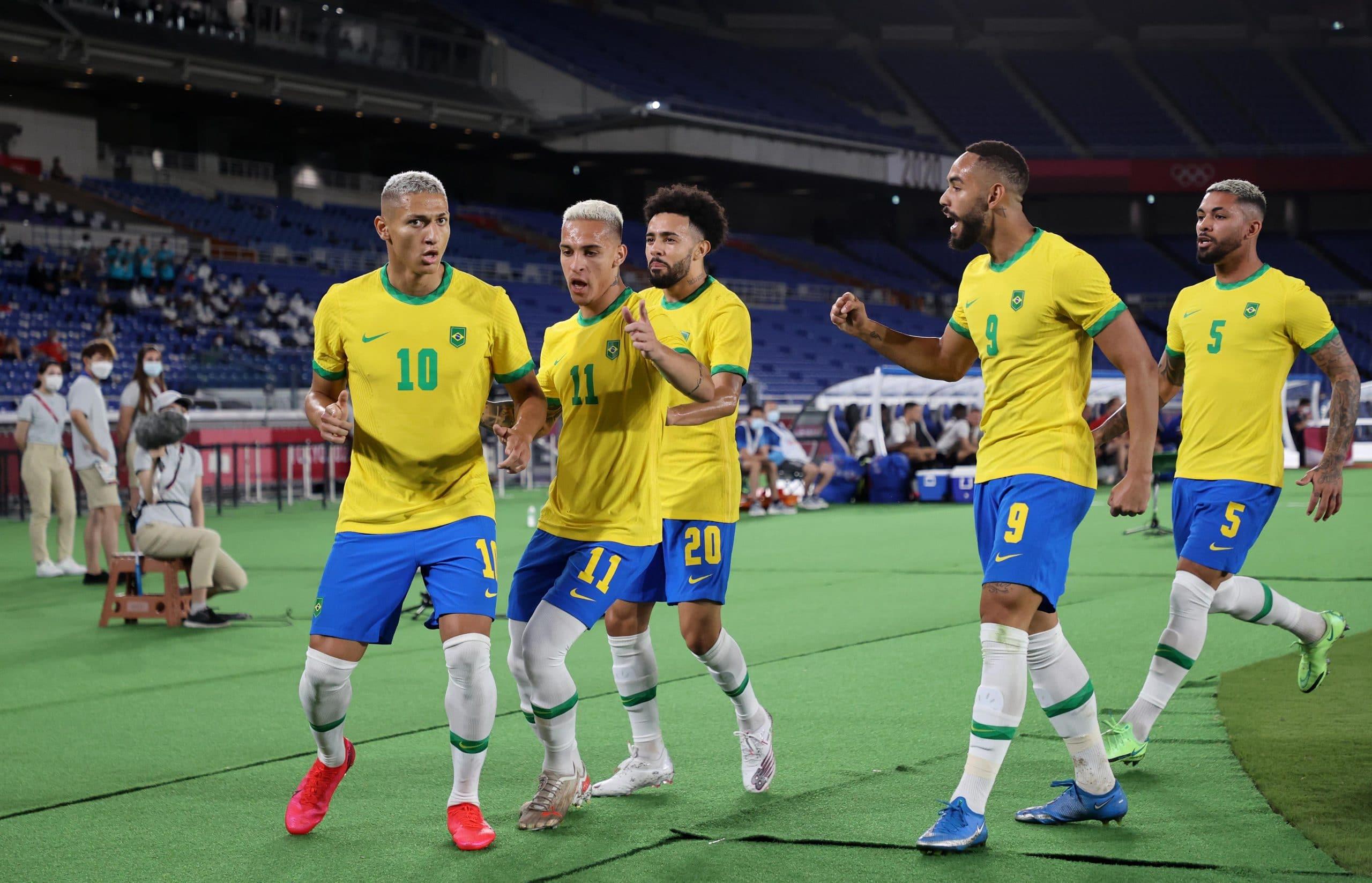 مباراة مباراة منتخب البرازيل والمكسيك