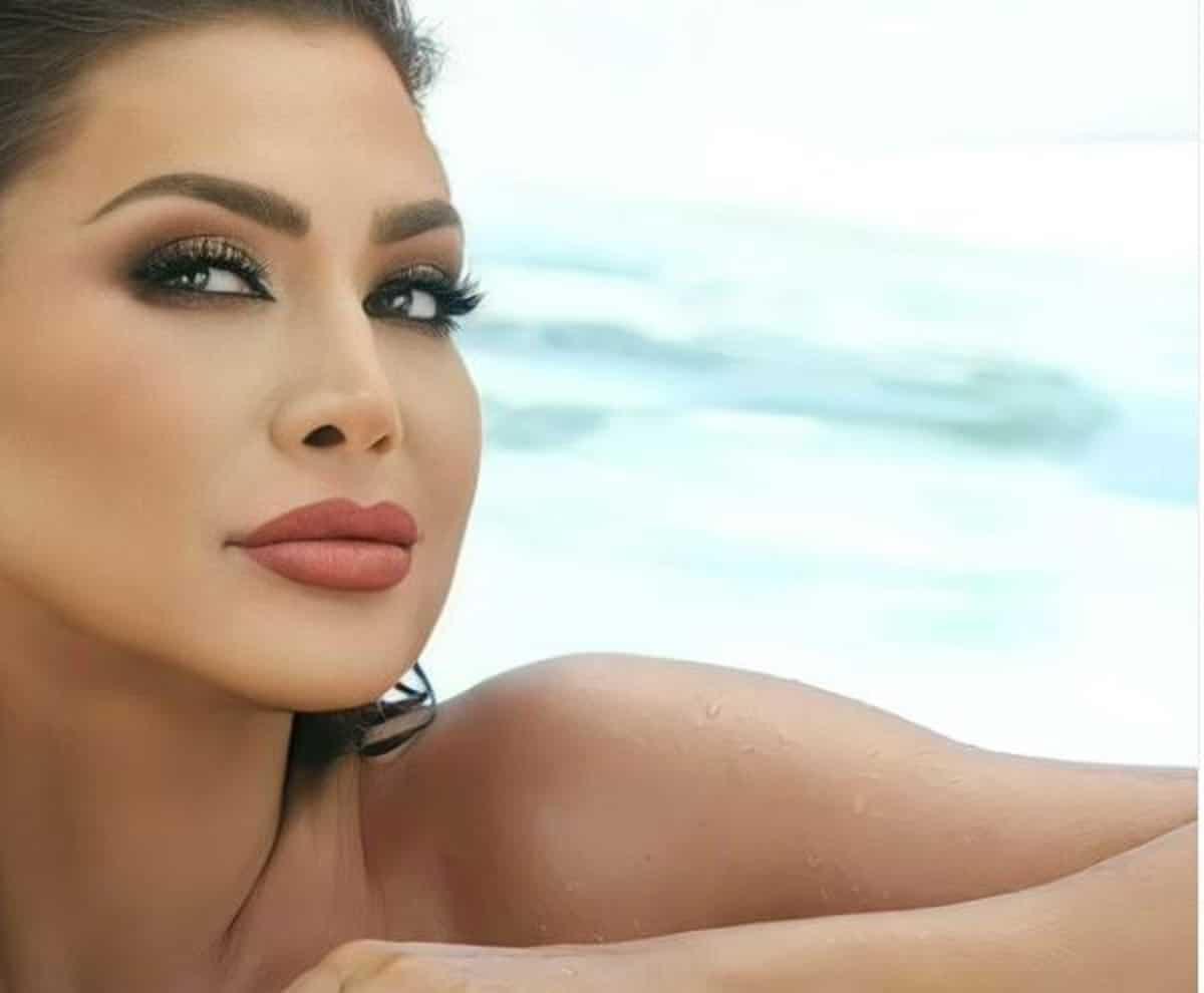 نوال الزغبي بإطلالة جريئة في أغنيتها الخليجية الجديدة ومتابعون: استعراض للجسم فقط!