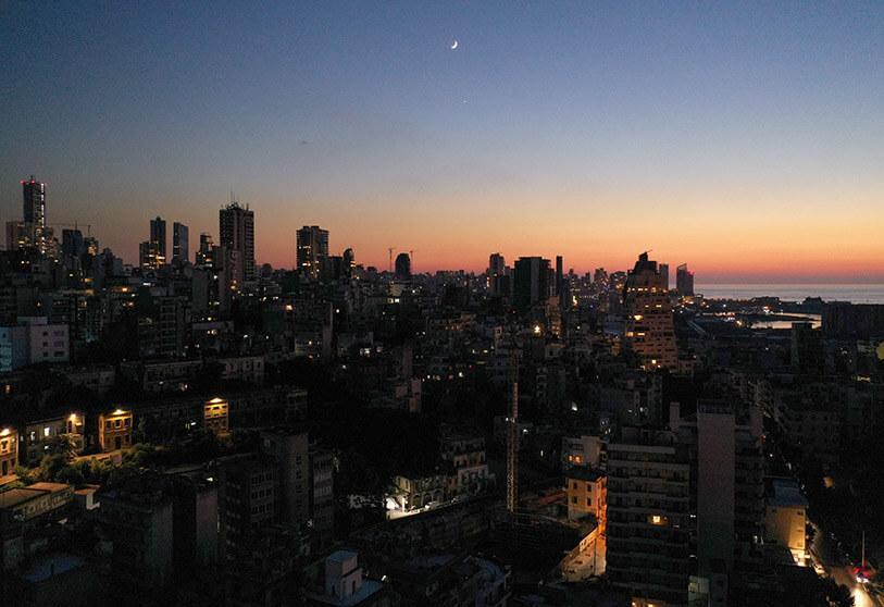 أزمة الكهرباء في لبنان واحدة من ازمات عديدة يعانيها البلد