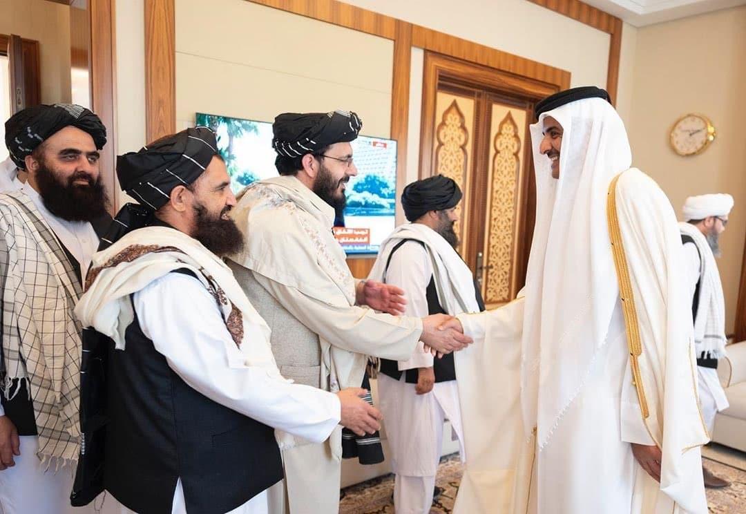 أمير قطر وقيادات حركة طالبان