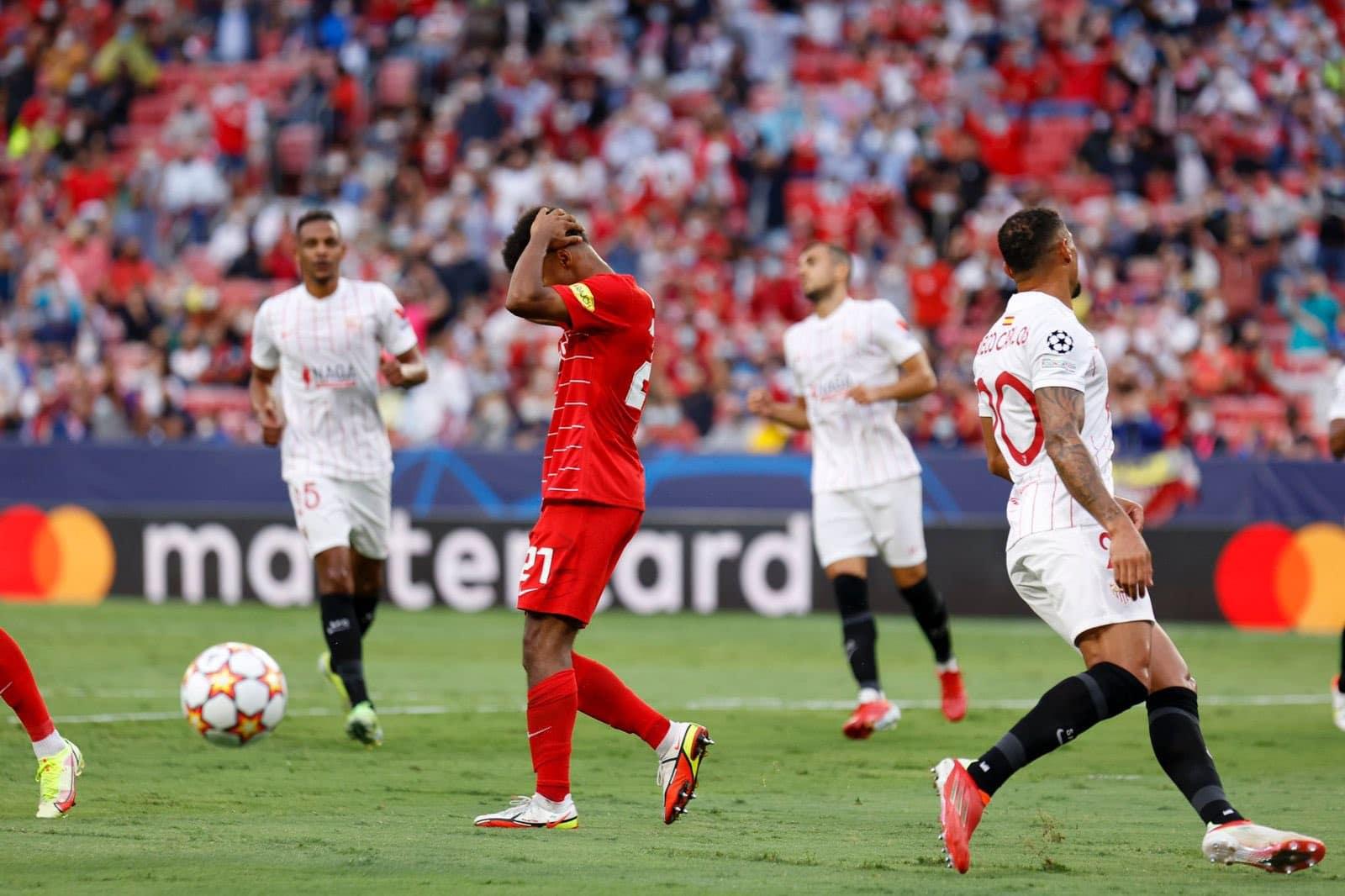 مباراة إشبيلية وريد بول سالزبورغ النمساوي في دوري أبطال أوروبا