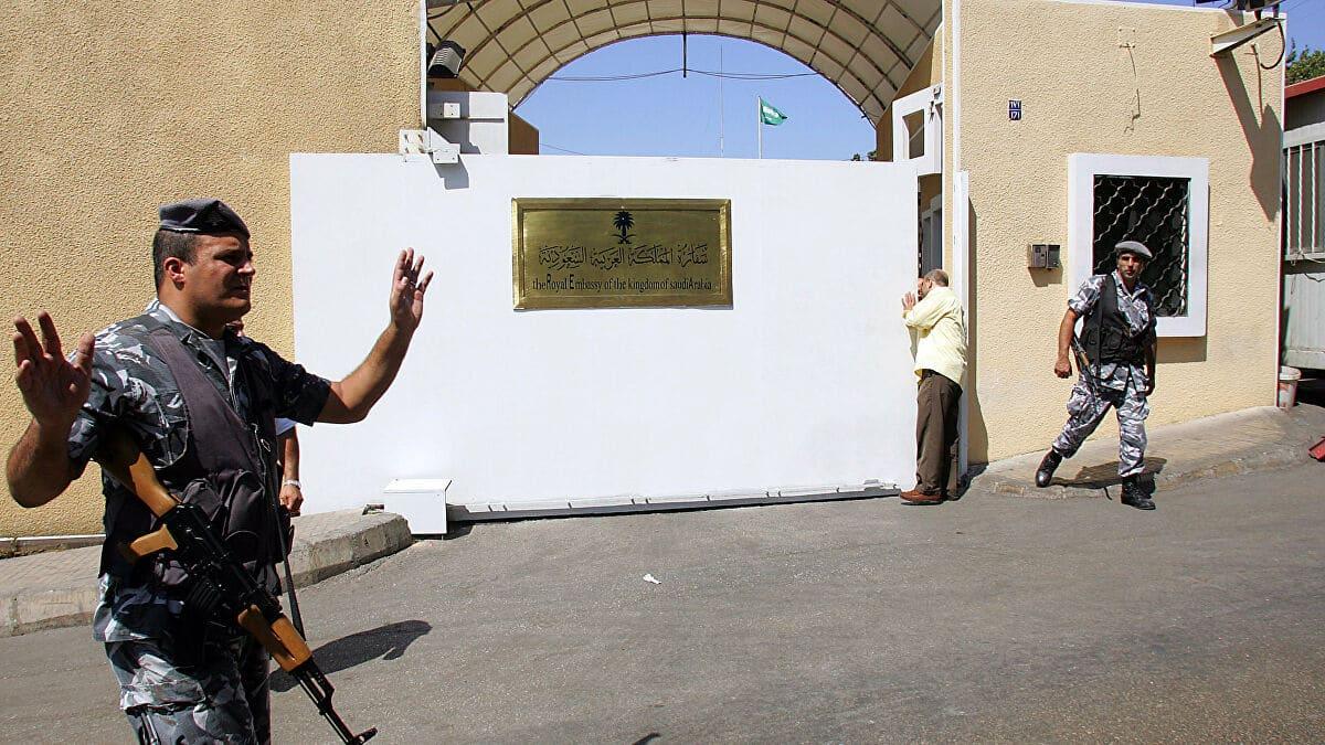مستشار في الديوان الملكي السعودي يثير ضجة في لبنان
