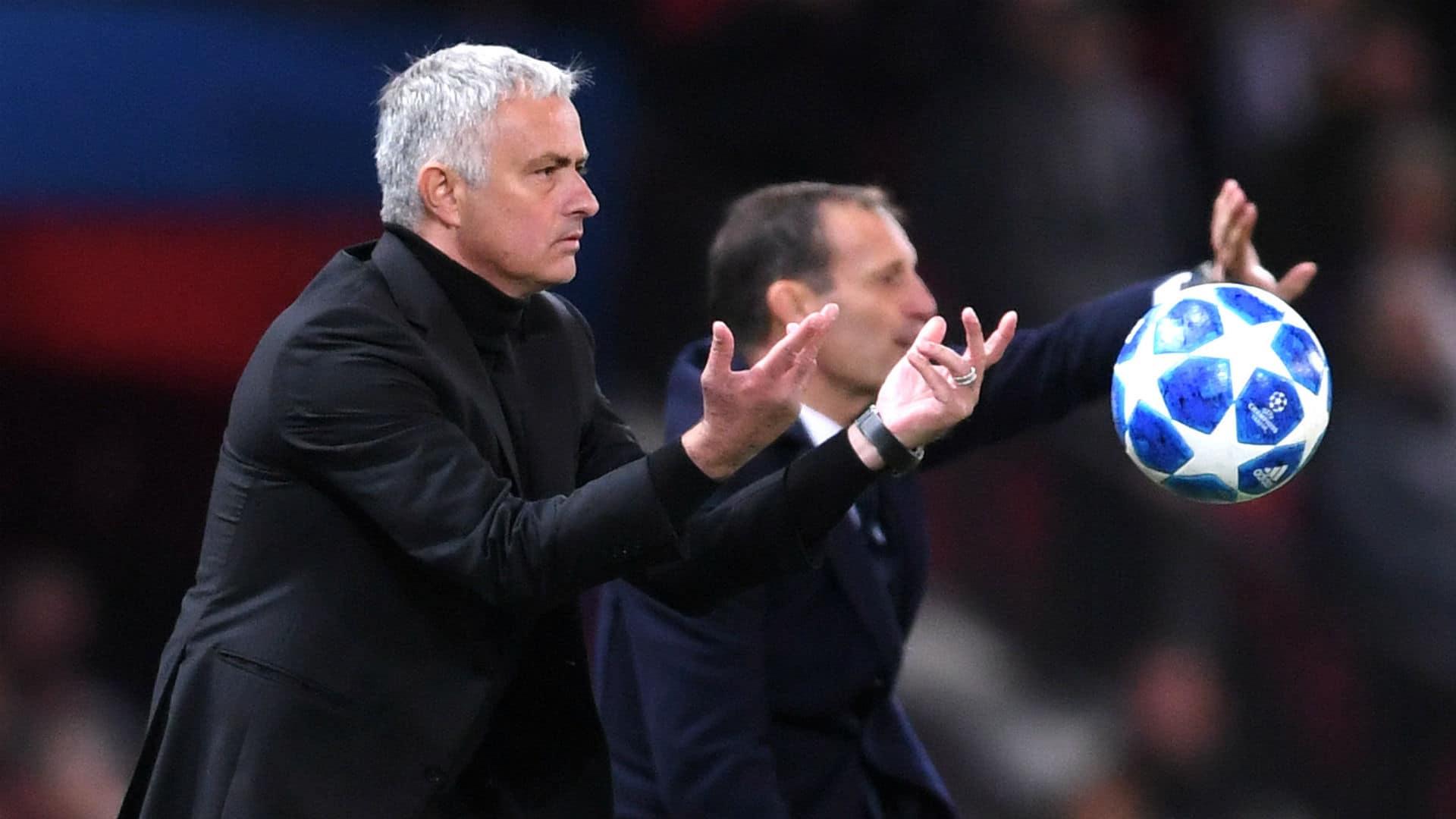 المدرب جوزيه مورينيو وأليغري في الدوري الإيطالي