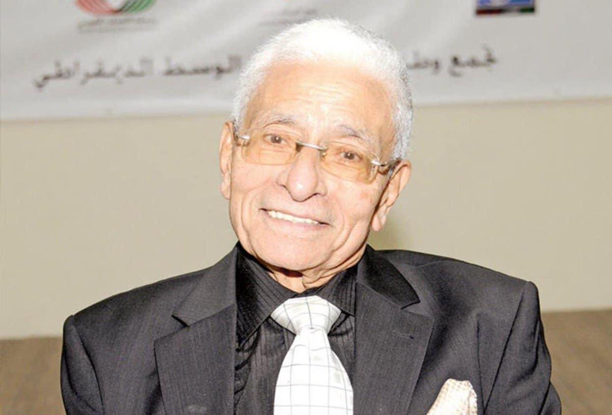 """تصريحات المستشار المصري شفيق إمام تفجر غضب الكويتيين:"""" انصح السيسي أولا"""""""