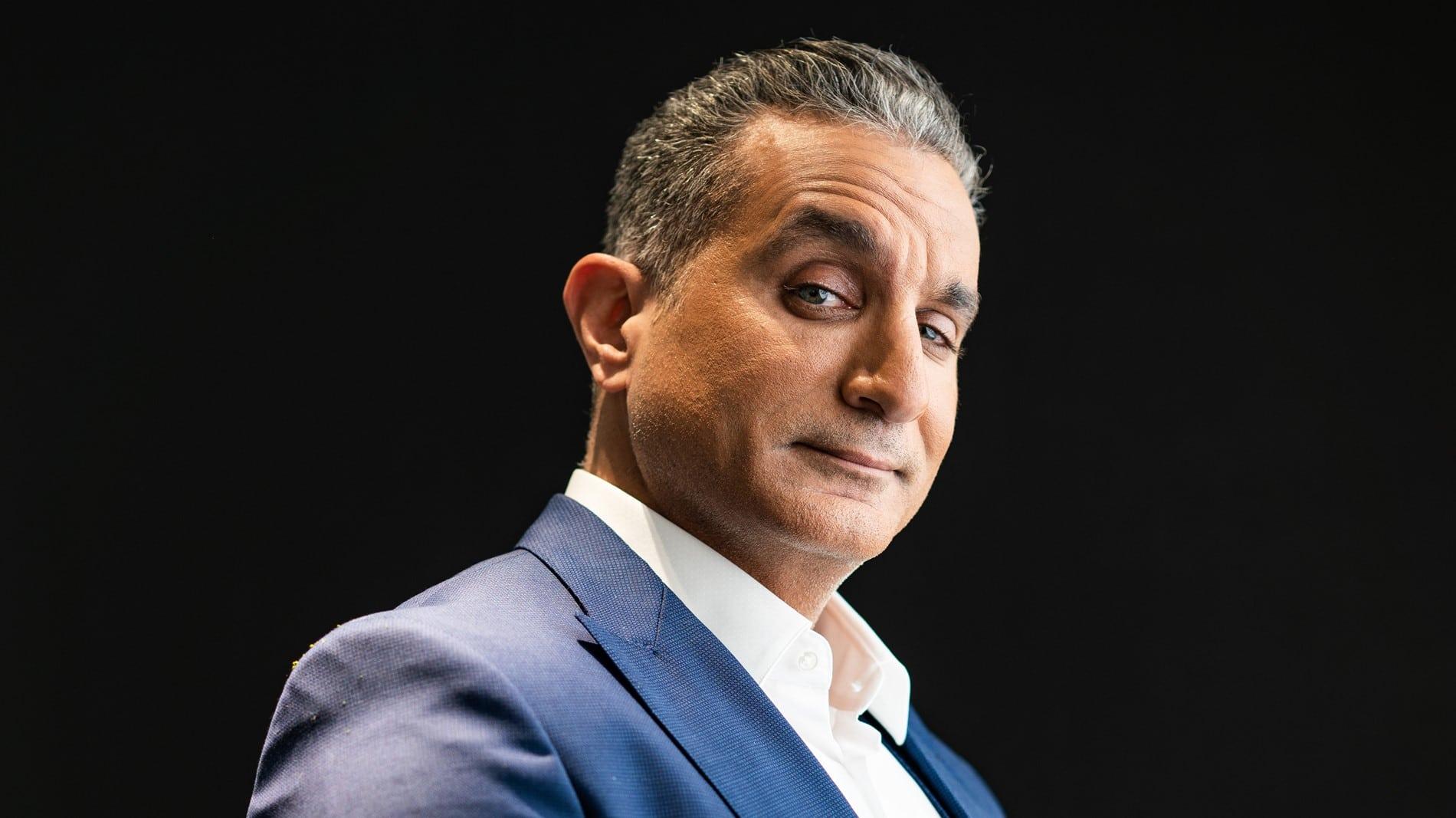 باسم يوسف يثير غضباً واسعاً في وصلة رقص مع فتاة في أحد الملاهي الليلية (فيديو)