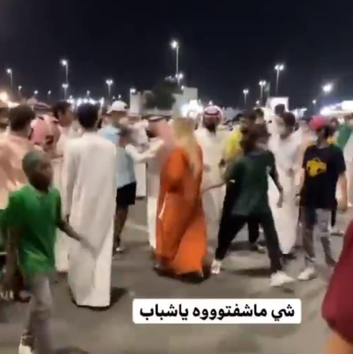 مضايقة فتاة في السعودية
