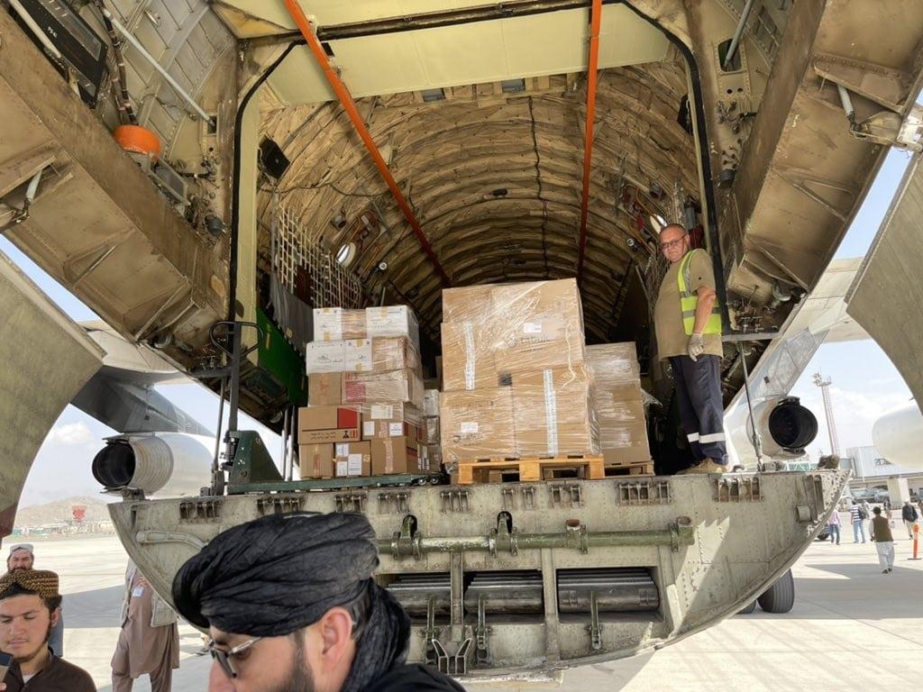 استخبارات طالبان تأمر بإخضاع المساعدات الإماراتية للفحص والتحري قبل توزيعها