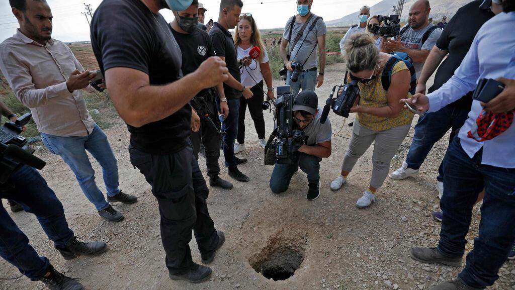 بعد اعتقال 4 منهم .. كم استمرّ حفر نفق سجن جلبوع الذي هرب منه الأسرى الستة!؟