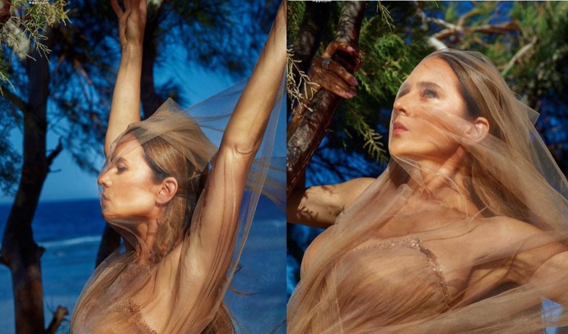 """بعد صورتها بـِ""""الشورت"""".. نيللي كريم بجلسة تصوير """"مثيرة"""" على الشاطئ (شاهد)"""