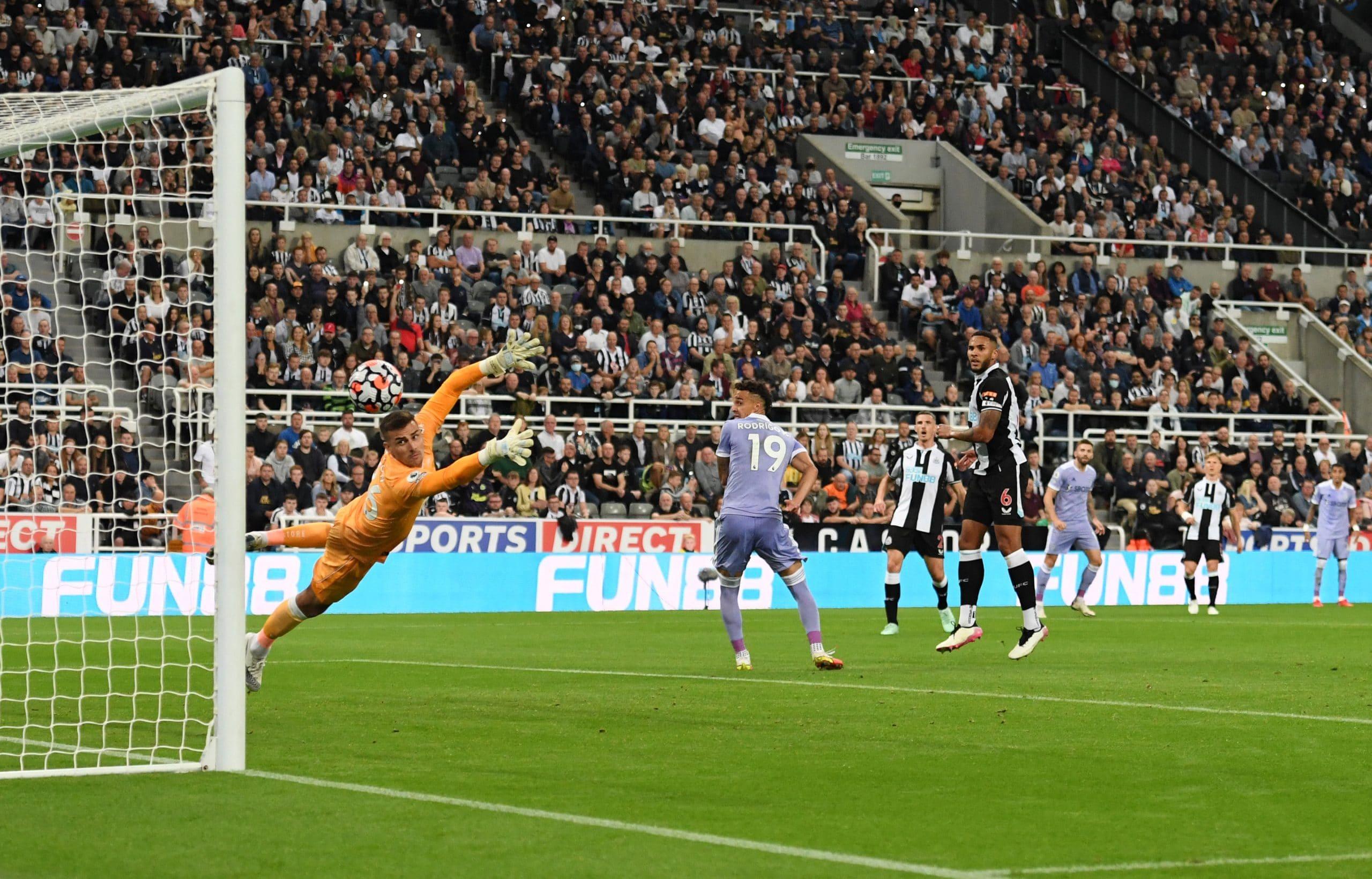 مباراة نيوكاسل يونايتد وليذر في منافسات الدوري الإنجليزي