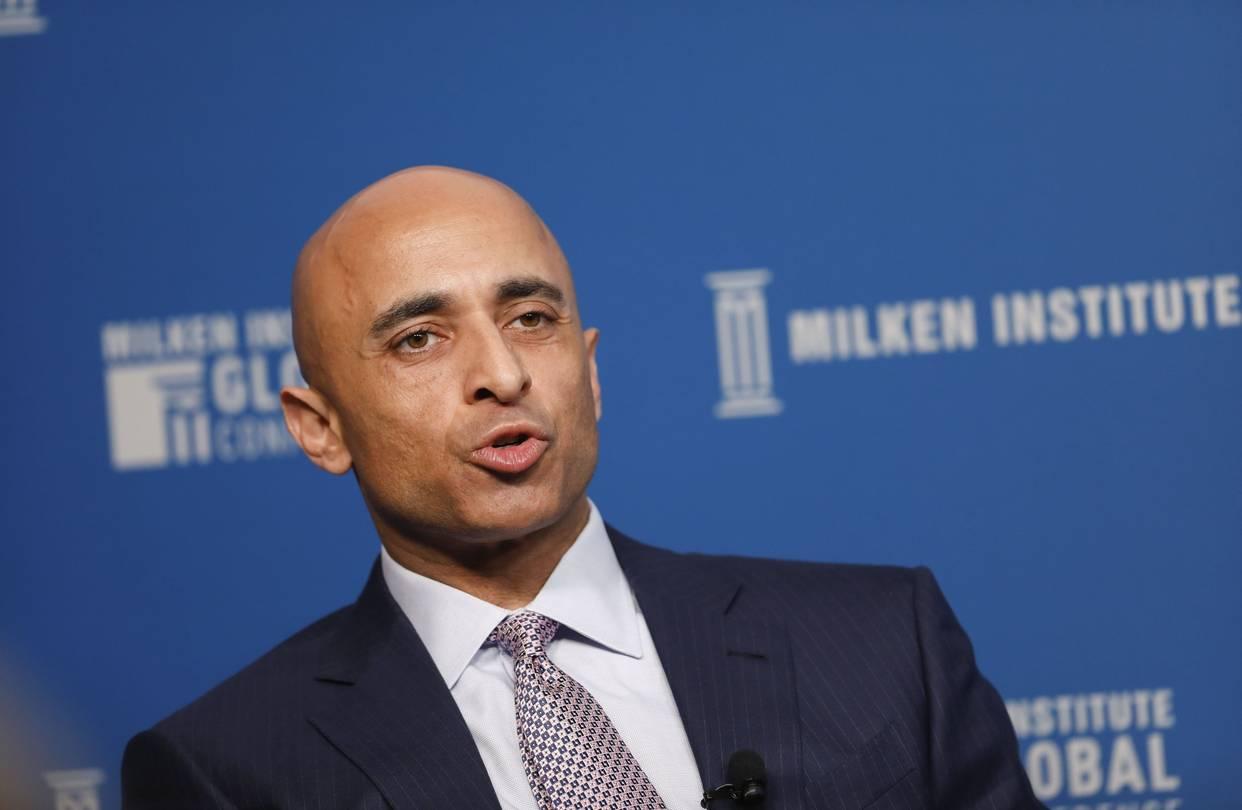 يوسف العتيبة سفير الإمارات في أمريكا