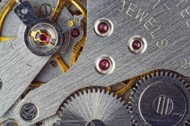 time-watch-theme-machines-gears