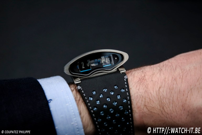 MB&F HMX Black Badger Edition-6