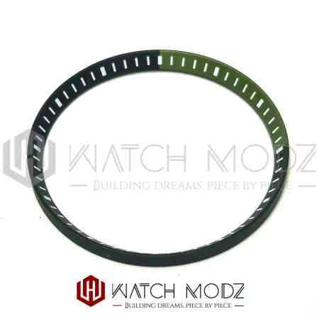 Green and black chapter ring for skx007