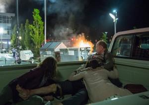 Fear the Walking Dead S01E03.