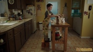 Young Sheldon S01E18- A Mother, a Child, and a Blue Man's Backside