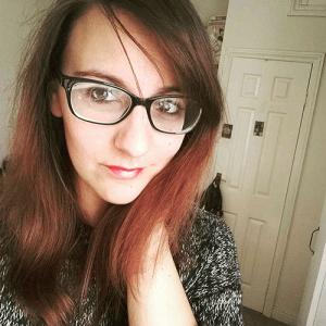 Interjú Szaszkó Gabriella írónővel