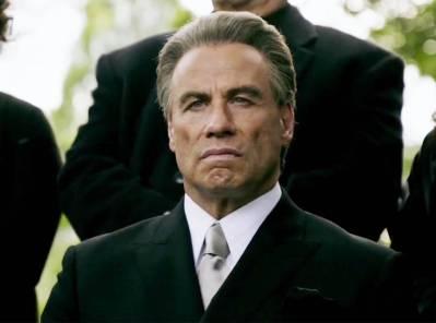 Travolta maffiafilmje és az új Sherlock-vígjáték az Arany Málna-díj legnagyobb esélyese