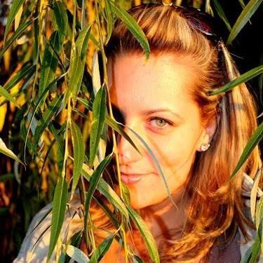 Interjú Maddie Grand írónővel