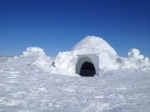 Eskimo Igloo House Inside