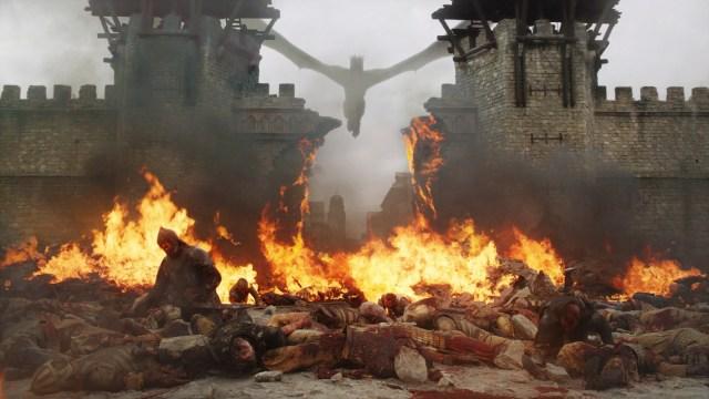 King's Landing Battle 805 Season 8 The Bells Daenerys Dany Targaryen Drogon Gates Golden Company