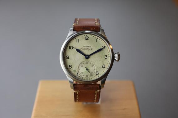 What Makes a Vintage Watch Worth Its Price?
