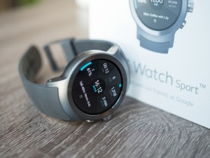 LG Sport Watch Review - An Informative Review to Help You Choose