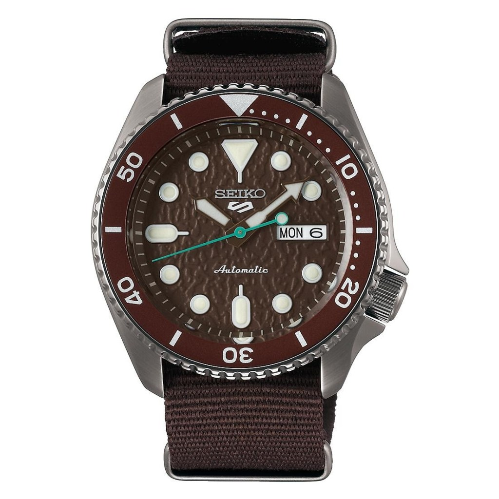 A Review of Seiko 5 Finders