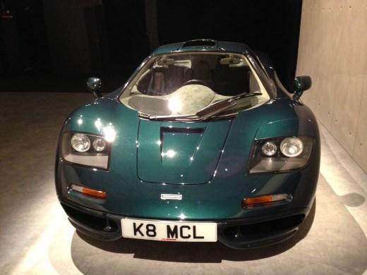 McLaren F1, esta joya automotriz de los años noventa sirvió para enmarcar la celebración de otro clásico: el Carrera de TAG Heuer.