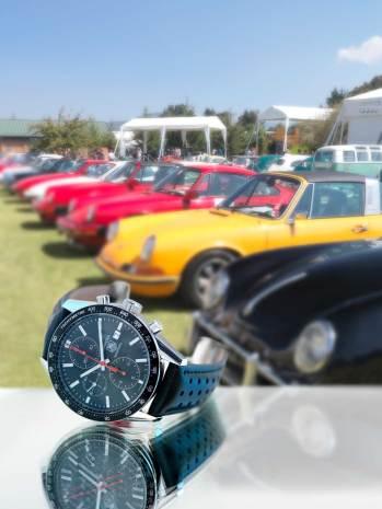 """Carrera Calibre 16 Automático 25º Aniversario Carrera Panamericana Movimiento: automático Frecuencia: 28,800 a/h Funciones: horas, minutos y segundos a las 9 h; cronógrafo, fechador y escala taquimétrica Caja: 41 mm de acero pulido Edición limitada a 150 piezas / Classic """"Carrera"""" (Porsche)"""