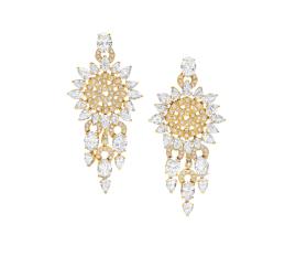 Pendientes en oro amarillo con diamantes (22 quilates).