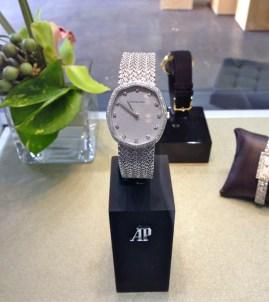 Jewellery Watch (white gold and diamonds)