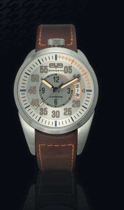 1968 de 44 mm / Movimiento cronógrafo Miyota 0511 / correa negra estándar de cuero